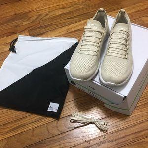 APL sneakers 8.5 lululemon